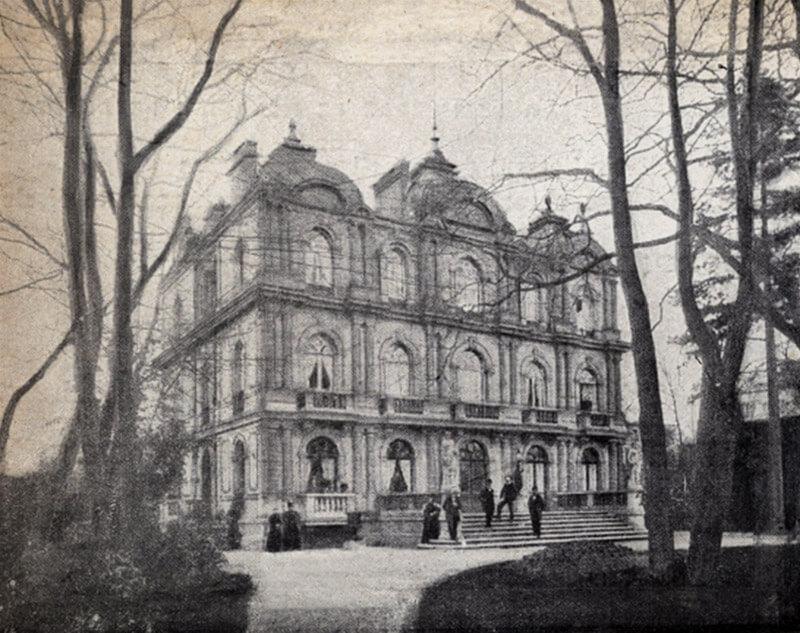 Das Grand Hôtel (6, blvd. du Château) aus einem anderen Blickwinkel